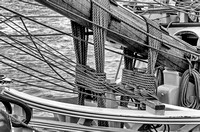 Bowsprit Black and White